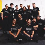 Il team delle Make-Up Artist di Accademia Stefano Anselmo nel backstage delle sfilate di Milano
