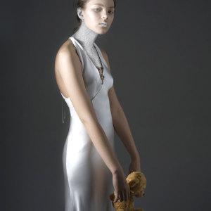 Visto su Visto su WHITE sposa The portrait Issue, aprile 2008. Foto Silvia Tenenti.